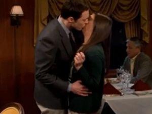 sheldon-kisses-amy-the-big-bang-theory